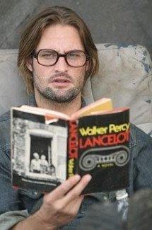 Sawyer leyendo