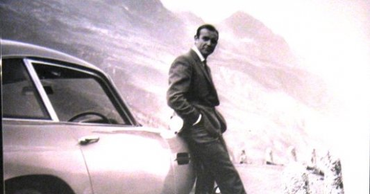 James Bond - Ian Fleming
