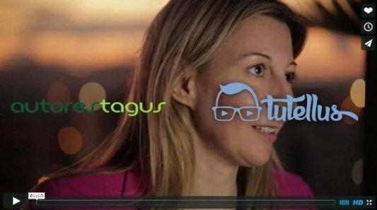 Eva García Sáenz impartiendo un curso online en Tutellus sobre marketing para escritores