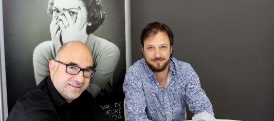 Jordi Llobregat y Bernardo Carrión presentando VLC Negra.