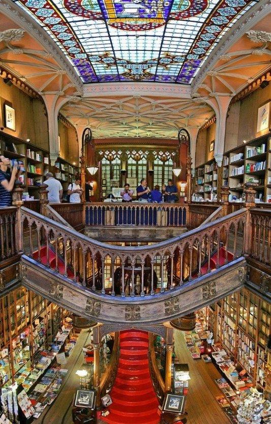 Imagen de la librería Lello de Oporto.
