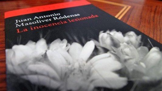 Portada de La inocencia lesionada, de Juan Antonio Masoliver Ródenas.