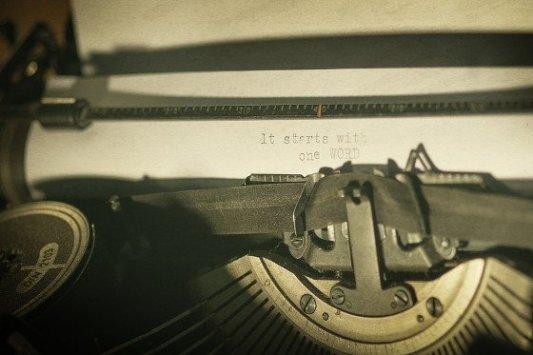 Grandes autores que odiaban escribir