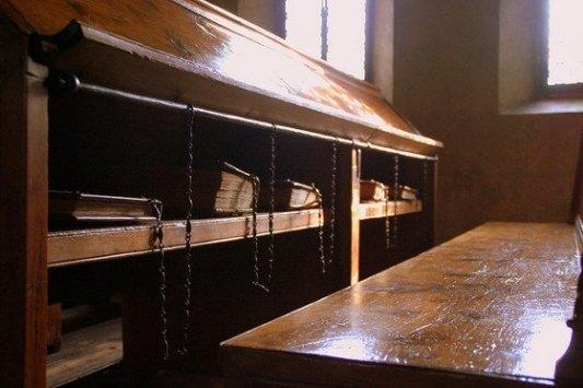 Libros encadenados en la Biblioteca Malatestiana