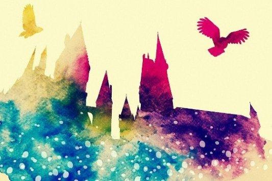 Dibujo de Hogwarts con lechuzas mensajeras.