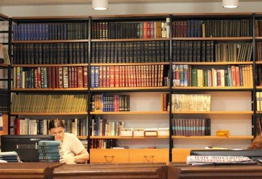 Estudios avanzados en literatura española: la clave para trabajar en el mundo editorial y literario hispanoamericano