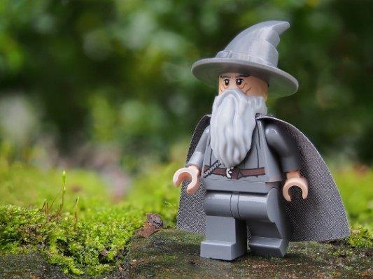 Figura de Lego de Gandalf el Gris.
