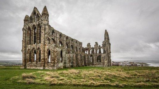 Abadía en ruinas en la que se desarrolla parte de Drácula.