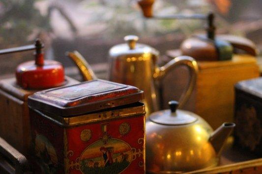 Instrumentos y recipientes de cocina.