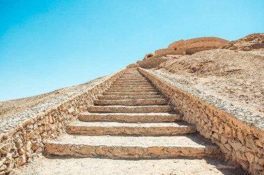 Ruinas en el desierto de Irán.