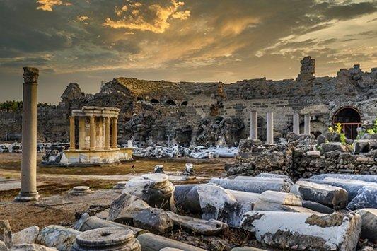 ruinas de una ciudad antigua en Turquía